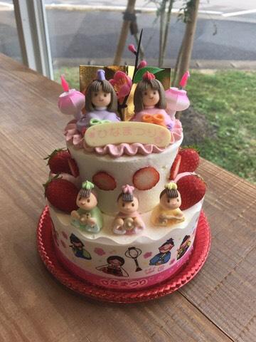 雛壇ケーキ
